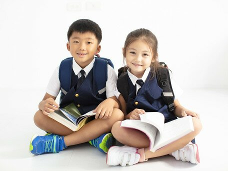 The dynamic relations among cognitive, ecological, psychological factors and reading comprehension in lower grade primary school Chinese children: A three-year longitudinal investigation of the componential model of reading